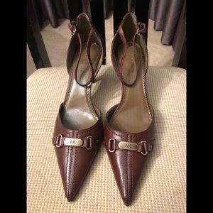 NWOT  Ann Klein Dark Brown Shoes Size 9